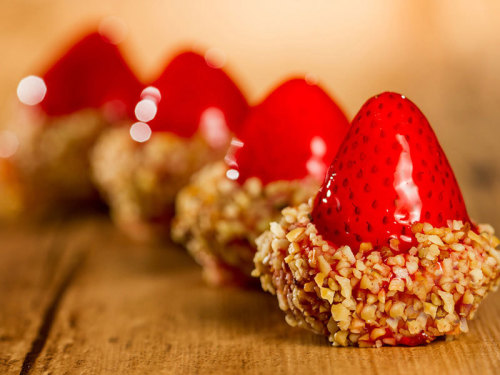 mini-torta-de-morango_villa-dos-paes__foto-leo-feltran_001jpg8qpxgso31kbp2PARZo3Y