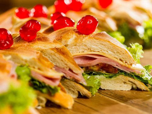 sanduiche-de-metro_villa-dos-paes__foto-leo-feltran_002jpgEyjja9EmwdIsvto7TrqC
